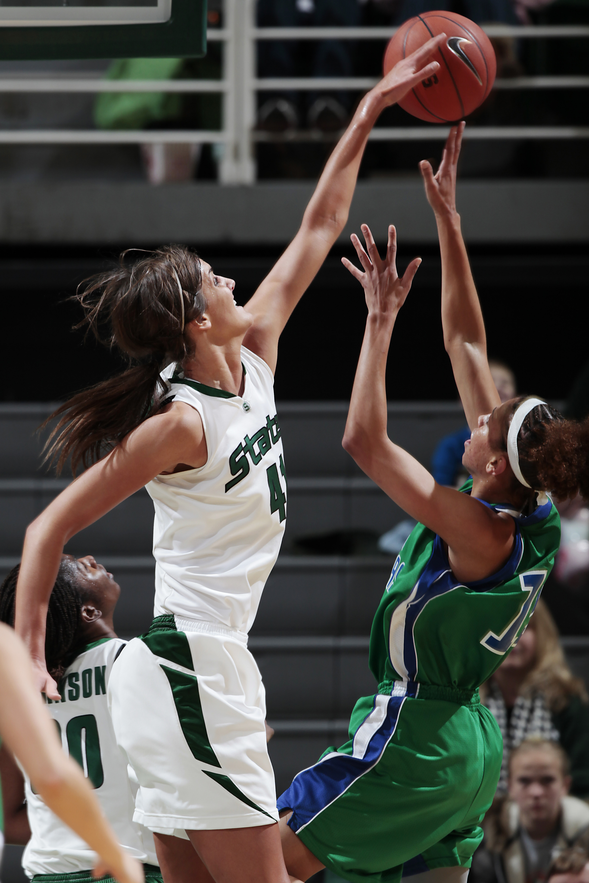 Senior Allyssa DeHaan Becomes The First Spartan To Be Recognized By Big Ten Conference This