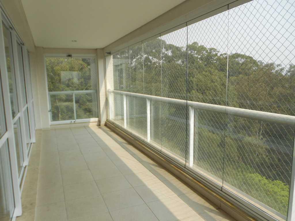 <![CDATA[Ótimo apartamento para alugar na Vila São Francisco 3 vagas de garagem ]]>