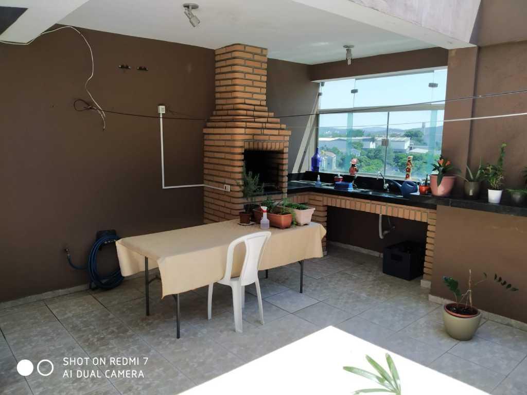 <![CDATA[Sobrado com 3 dormitórios (1 suíte), 2 vagas, Vila Graziela-Barueri.]]>