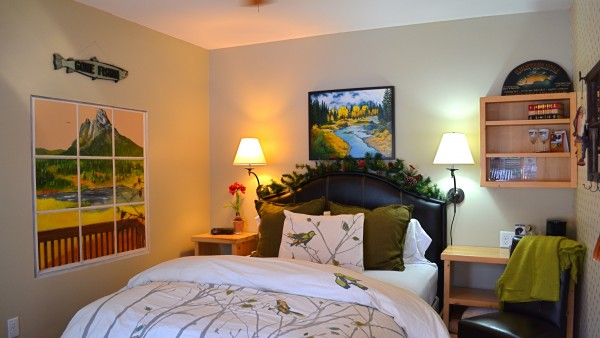 """""""Trout Hollow"""" Queen room in the Inn"""