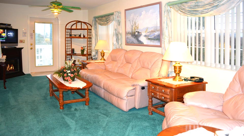 Spacious Florida Villa Suite at Romance at Island Cottage Oceanfront Inn and Spa, Flagler beach, Florida