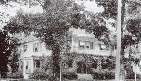 The shot of the house that appeared in Ladies Home Journal in 1899, one of the 10 Prettiest Country Homes in the United States!
