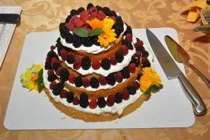 san juan island wedding-cake-berries-coho-restaurant