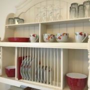 Charming dish rack in the dining area