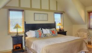 Rockaway Beach Room