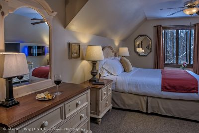 the-robertson-garrett-room-01logo