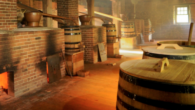 Washington operated one of the largest distilleries in America at its time.