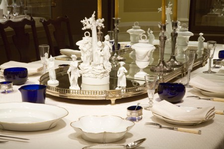 Presidential dining scenario on display in the Donald W. Reynolds Museum at Mount Vernon. Photograph by Robert Creamer.