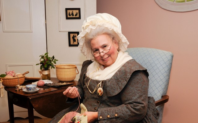 Tea with Martha Washington