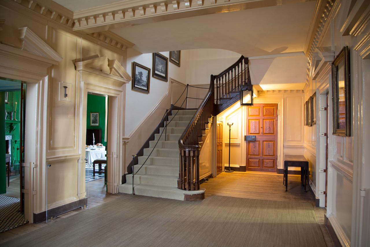 the mansion george washington 39 s mount vernon. Black Bedroom Furniture Sets. Home Design Ideas