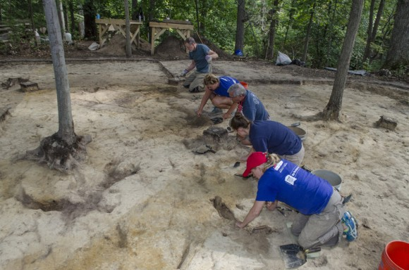 Mount Vernon archaeologists and volunteers excavate during the Slave Cemetery Survey.