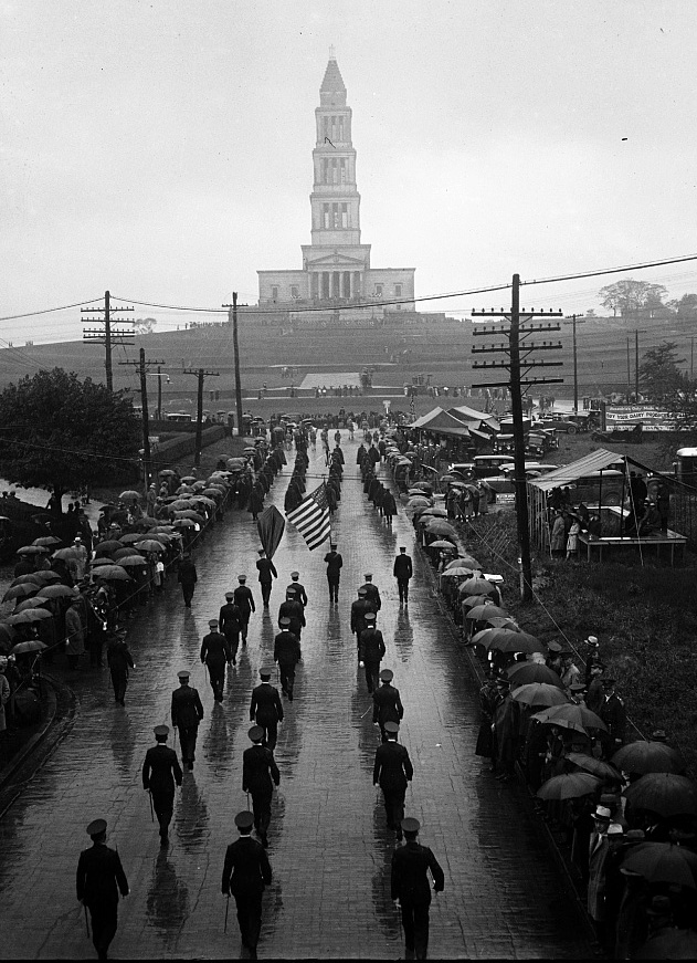 1932 photograph of the George Washington Masonic National Memorial in Alexandria, Virginia (Library of Congress)