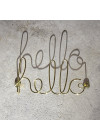 letreiro de parede dourado hello