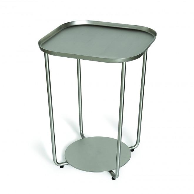mesa lateral em níquel