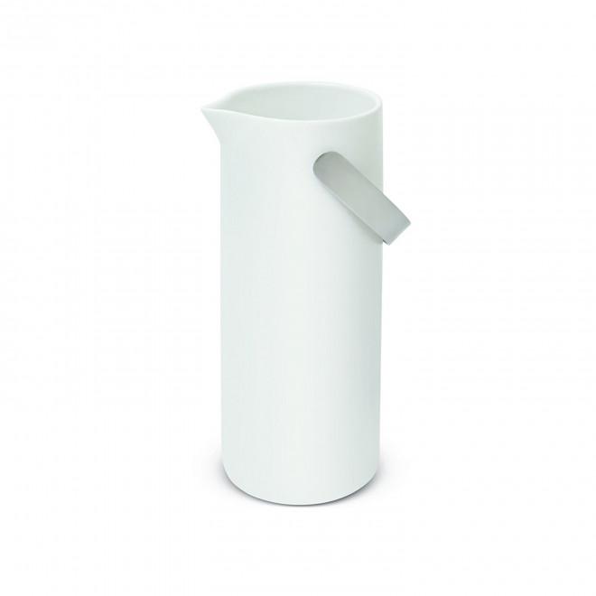 jarra em louça branca