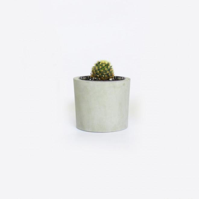 vaso de concreto cinza