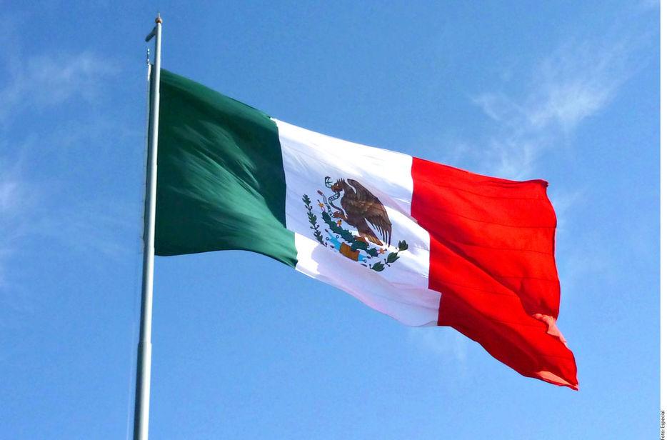 La Bandera Mexicana, Un Emblema Plagado De Símbolos Y