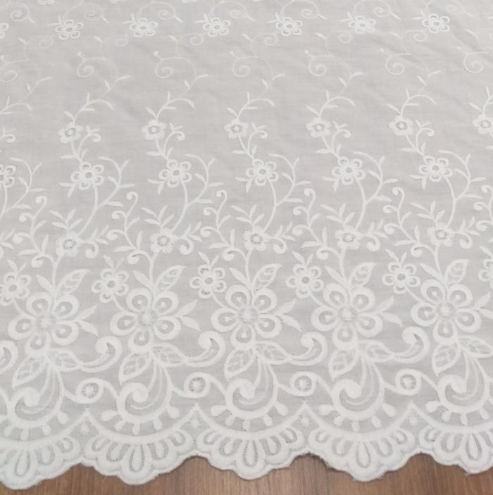 Tecido Laise Bordada Floral Off White