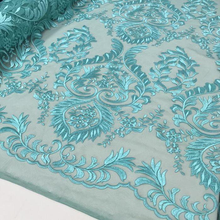 Tecido Tule Bordado com Arabesco em Linha Azul Tiffany