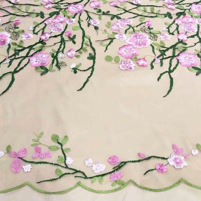 Tecido Tule Bordado Floral Rosa