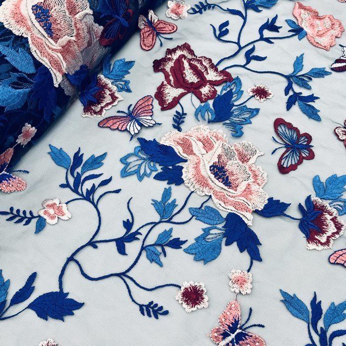 Tecido Tule Azul Bordado Floral com Borboletas
