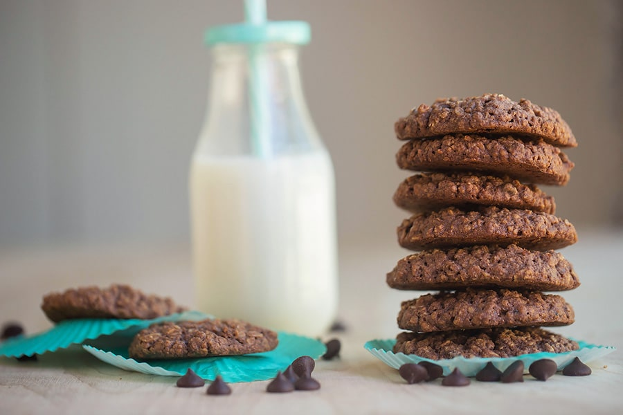 Chocolate Oat Soft-Baked Cookies