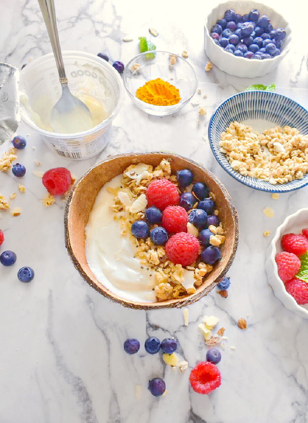 Yogurt bowl with granola and fruits