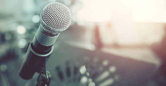 Advancing your music career with open mics