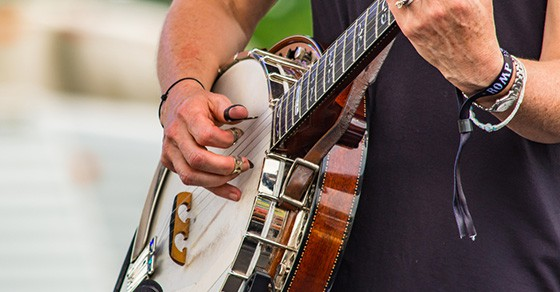 Bluegrass Guitar Lessons For Beginners, How To Play - Music Industry