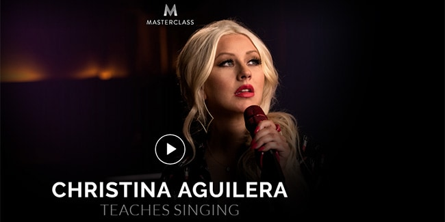 How to sing like Christina Aguilera