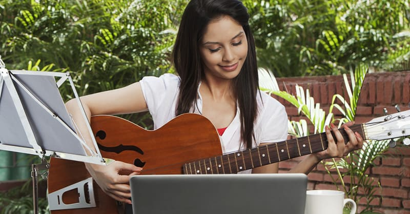 How to become a self-taught guitarist