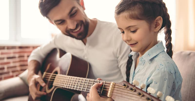 Tips For Teaching Guitar To Beginners