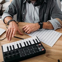 Freelancing opportunities in the music industry