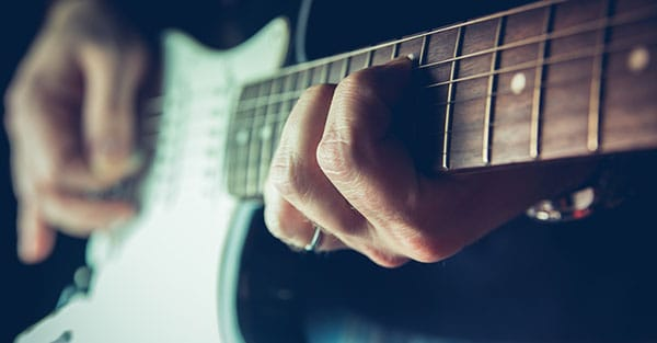 How to play guitar, free lessons