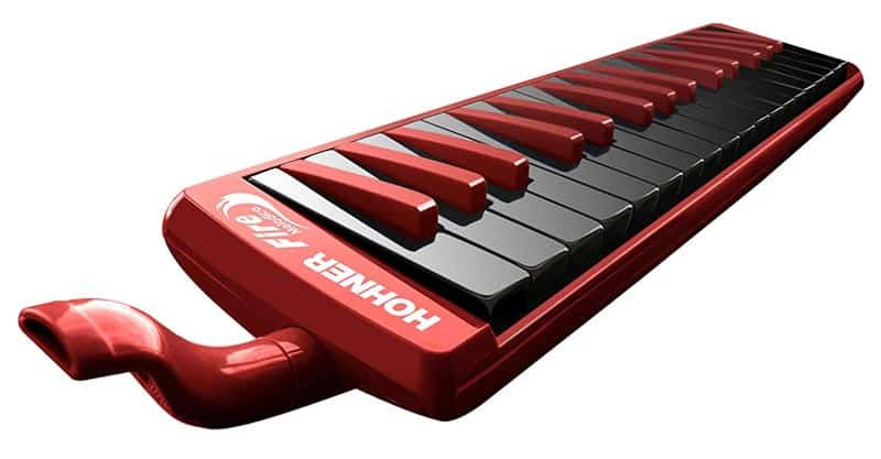 Different types of melodicas