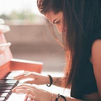 Tips for adults that want to learn piano