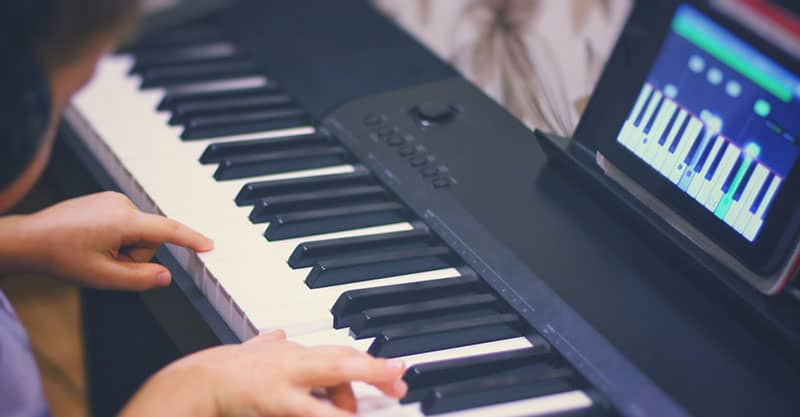 Learning piano online is a popular option
