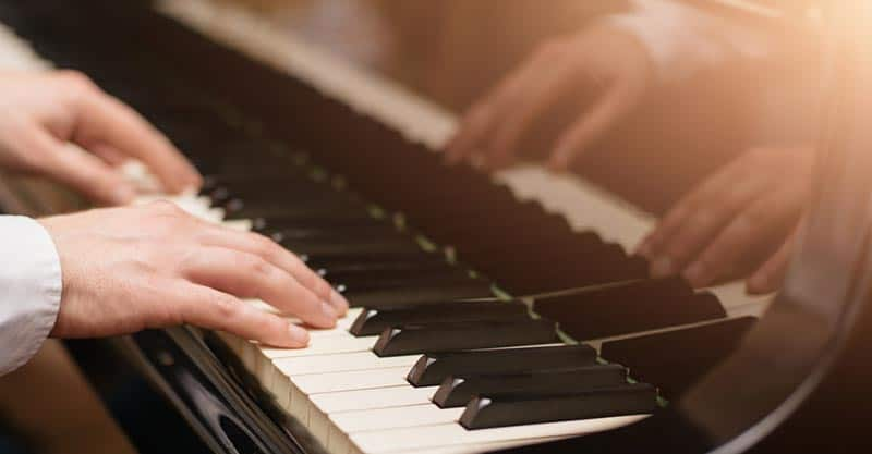 How To Play Piano For Beginners