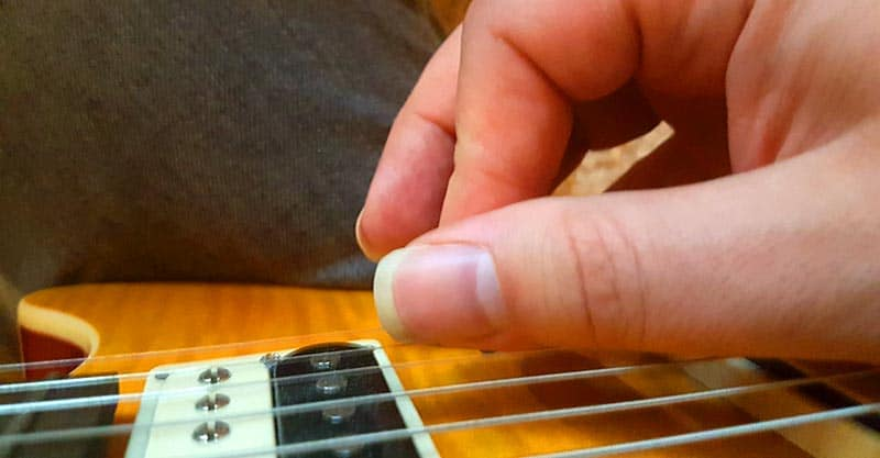 How to perform upstrokes on guitar