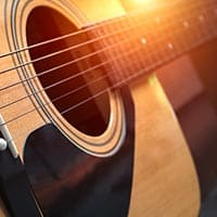 Does a guitar have six strings?