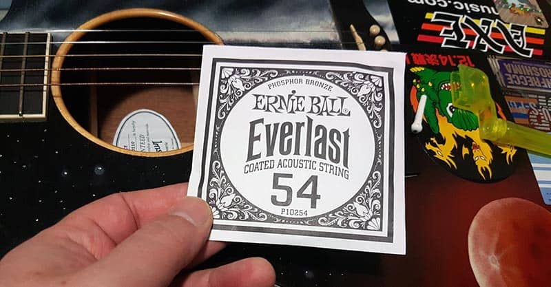 Get the acoustic guitar string packet