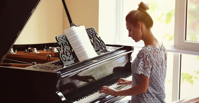 Which Is Harder To Play Piano Or Organ