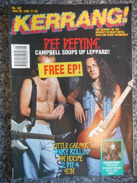 Kerrang! 397 - Plus Four Play Hard Vinyl Ep - Zine