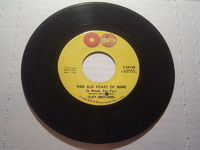 Isley Brothers - This Old Heart Of Mine (is Weak For You) / There's No Love Left - 7""