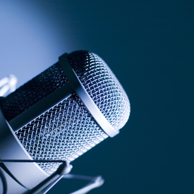 Microphone dreamstime s 7075370