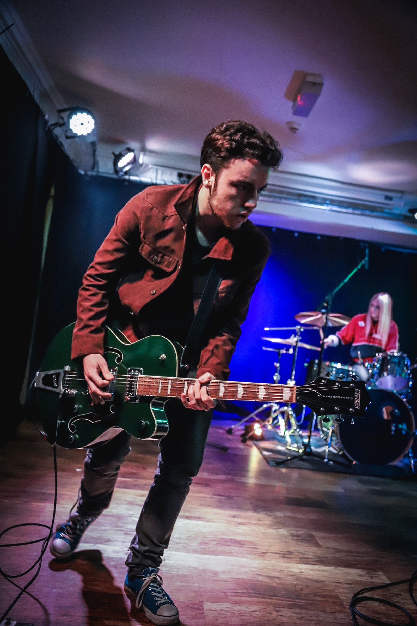 e521ea3648f8 Singer Wanted For Rock Band In London Posted by The Reverie 6 months ago
