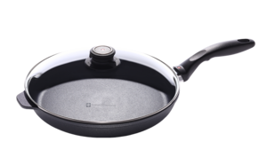 Swiss Diamond Fry Pan Giveaway