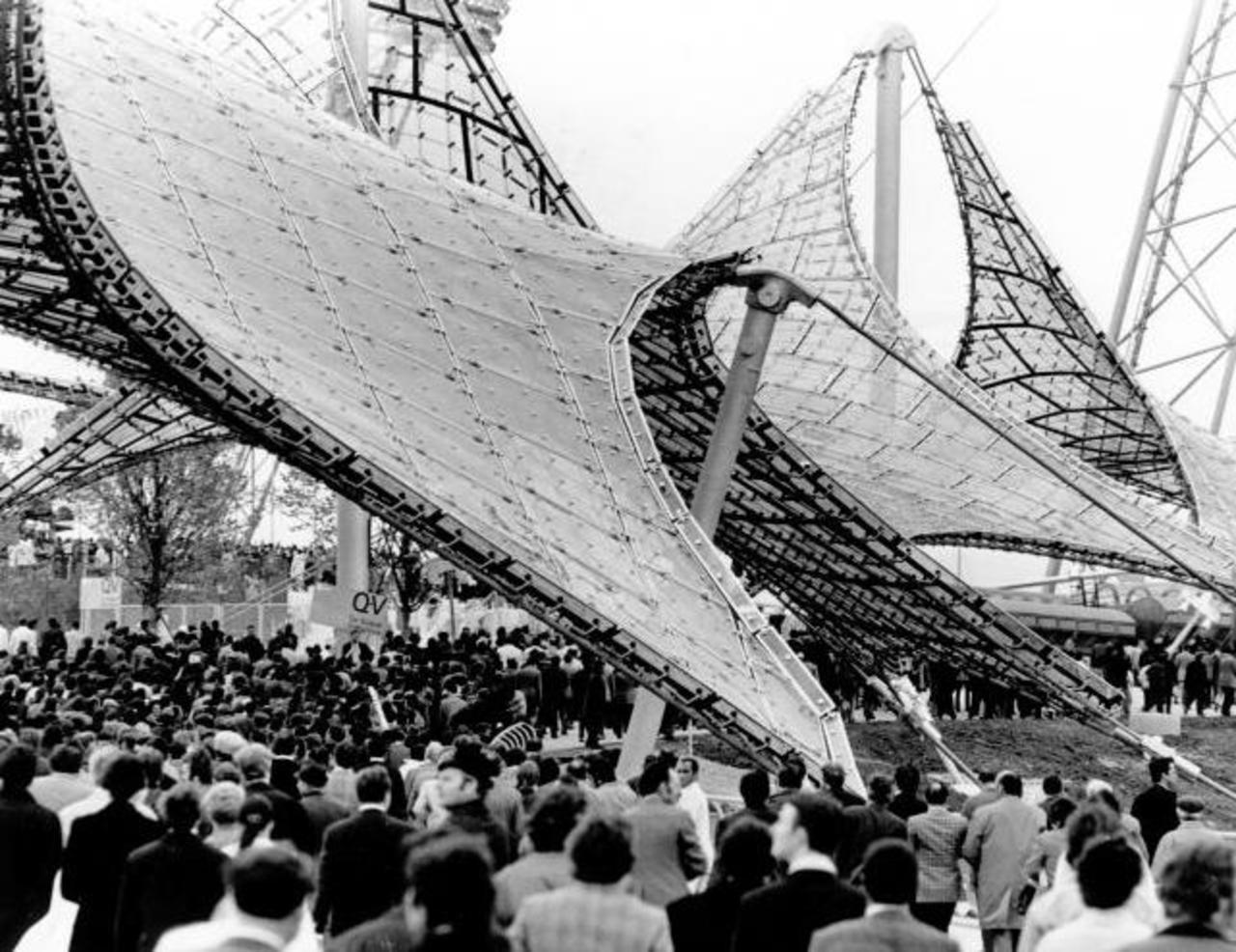 caedb3cbfe107 01. Público chegando para a abertura das Olimpíadas de Munique.