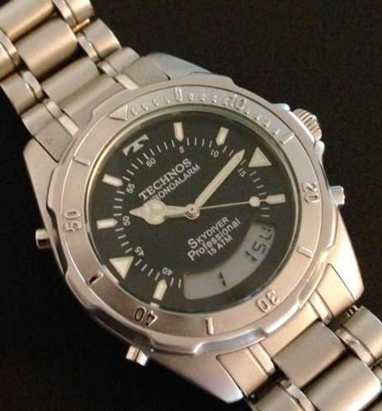 af51e92dc7e Relógio Technos Skydiver (Anos 90) - Muzeez