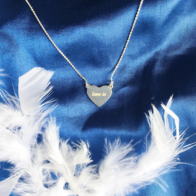 Zhukova jewelry: нова колекція Love is